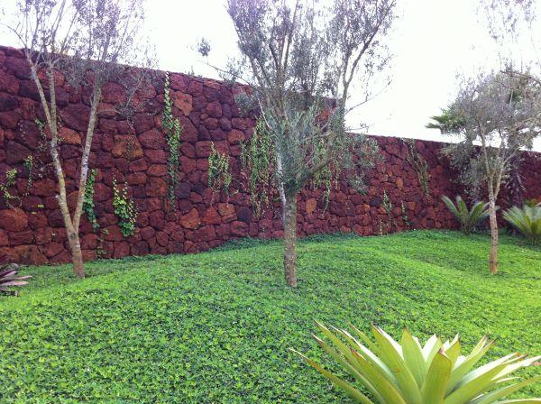 Muro de Pedra Canga - ART Pedras